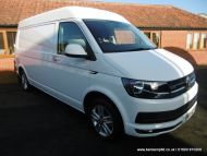 Volkswagen Transporter 2.0 TDI T32 BlueMotion Tech Highline 4Motion LWB EU5 (s/s) 5dr