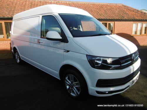 Volkswagen Transporter 2.0 TDI T32 BlueMotion Tech Highline 4Motion LWB EU5 (s/s) 5dr
